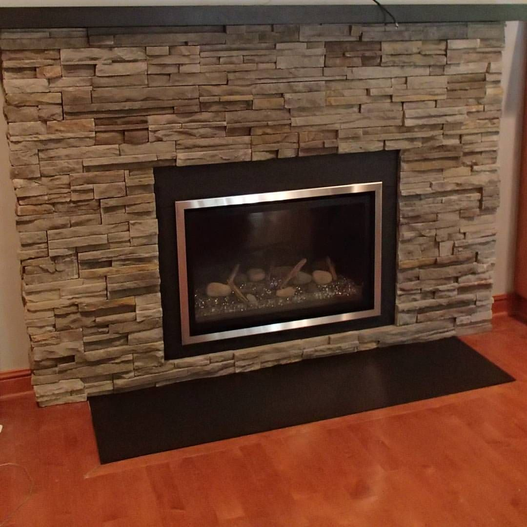 Chaska 34 Glass Media Gas Insert With Boral Pro Fit Ledgestone In