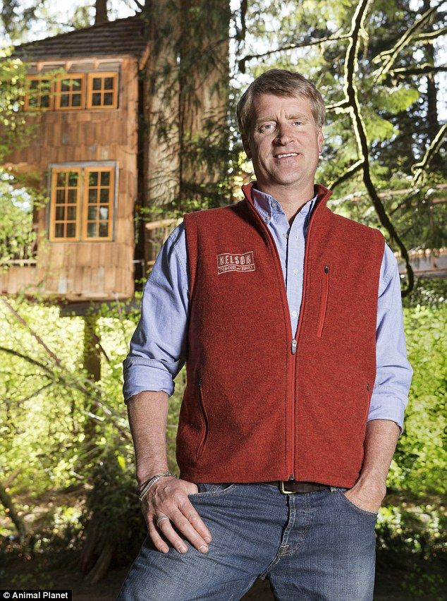 this tree house master right here is pete nelson he has the best