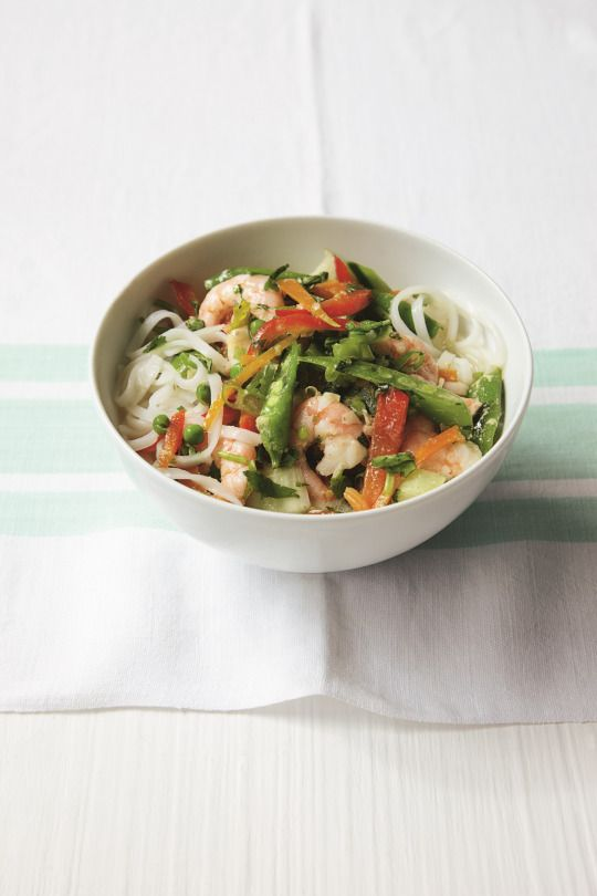 Thai Prawn and Vegetable Soup from the Quick u0026 Easy Low Calorie Cookbook. Substantial soups such as this one make a complete meal in a bowl ... & Thai Prawn and Vegetable Soup from the Quick u0026 Easy Low Calorie ...