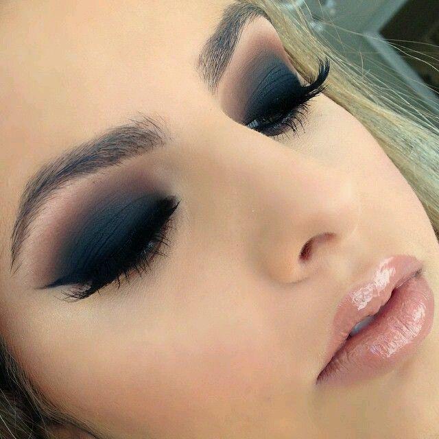 Maquillaje de ojos ahumados en diferentes tonos Maquillaje de ojos