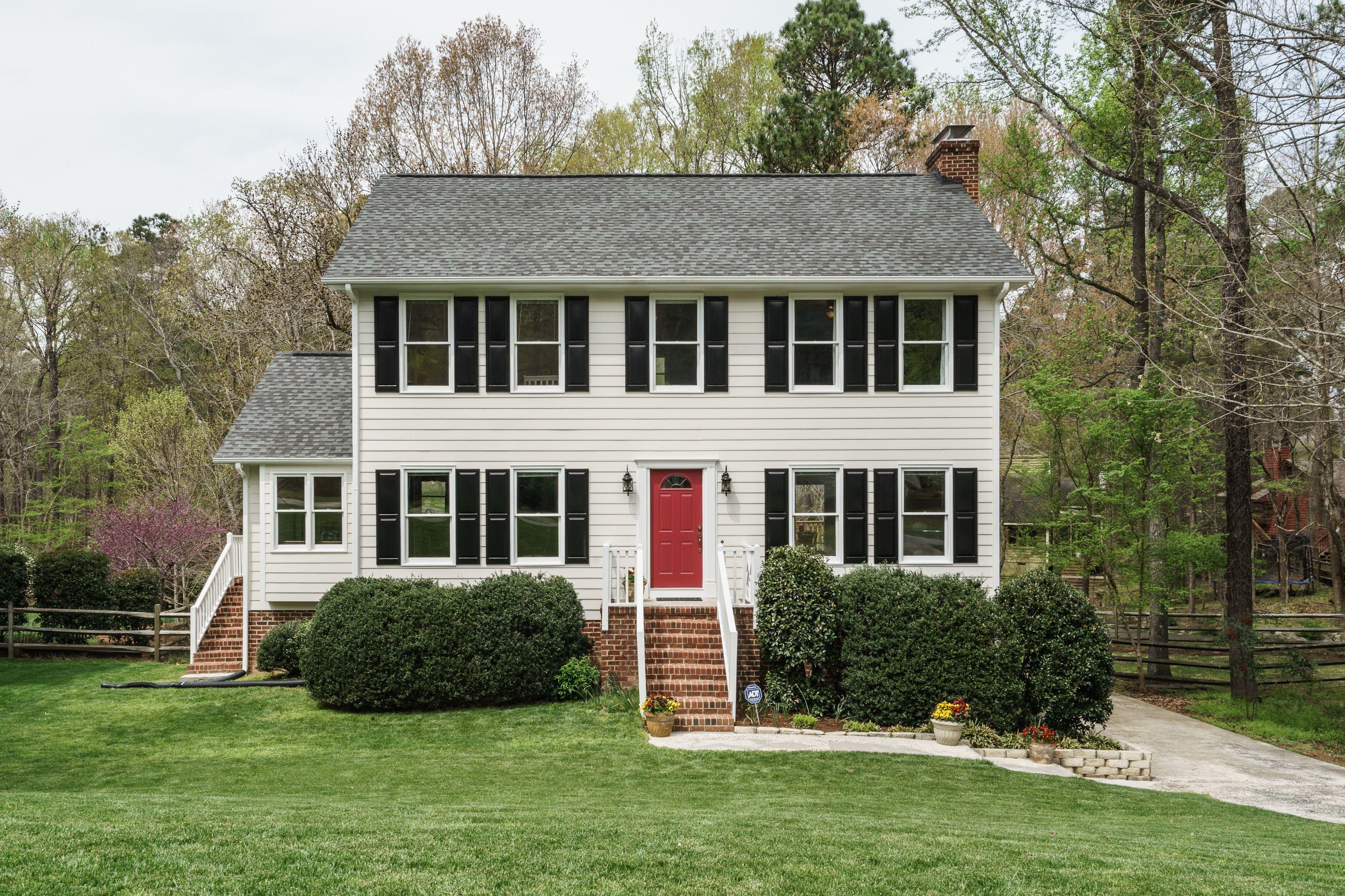 Sold 5 Saddlewood Woodcroft Durham House Styles Outdoor Decor House