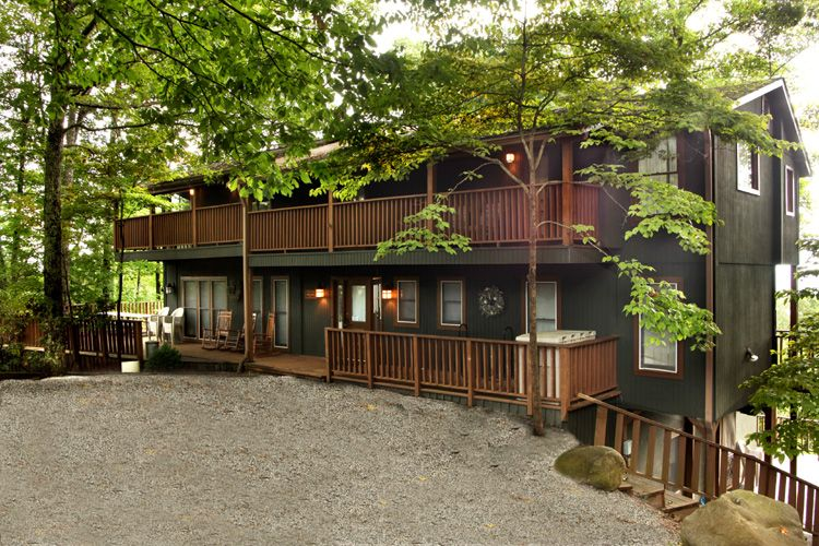 Secluded Smoky Mountain cabin rentals at http://www
