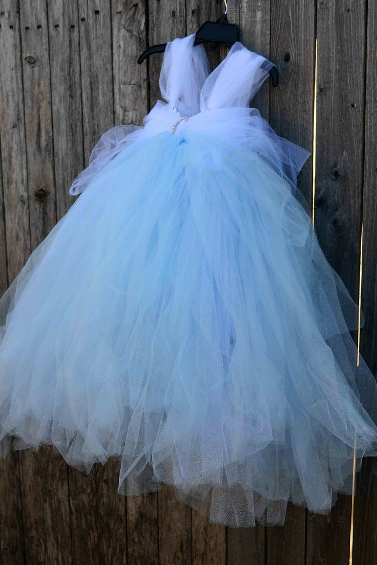 No-Sew Tulle CINDERELLA Dress! Maybe I could translate this to an ...