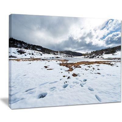 "DesignArt Snow Mountains in Kosciuszko Park Landscape Photographic Print on Wrapped Canvas Size: 30"" H x 40"" W x 1"" D"