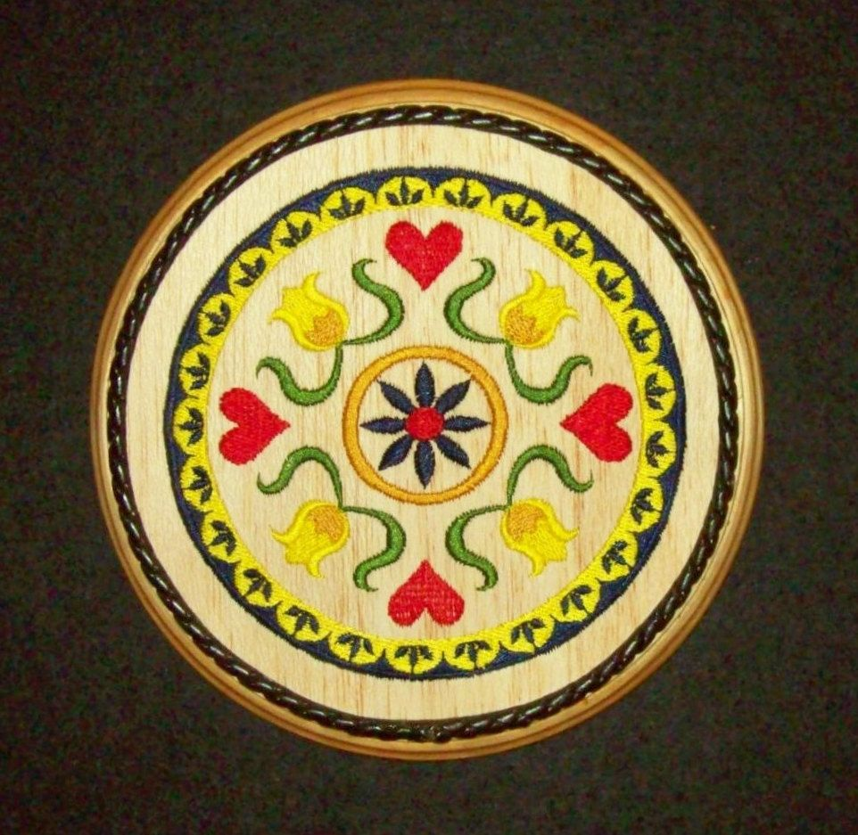 Hex Sign, Indoor Pennsylvania Dutch Folk Art Hearts, Embroidery Wood ...