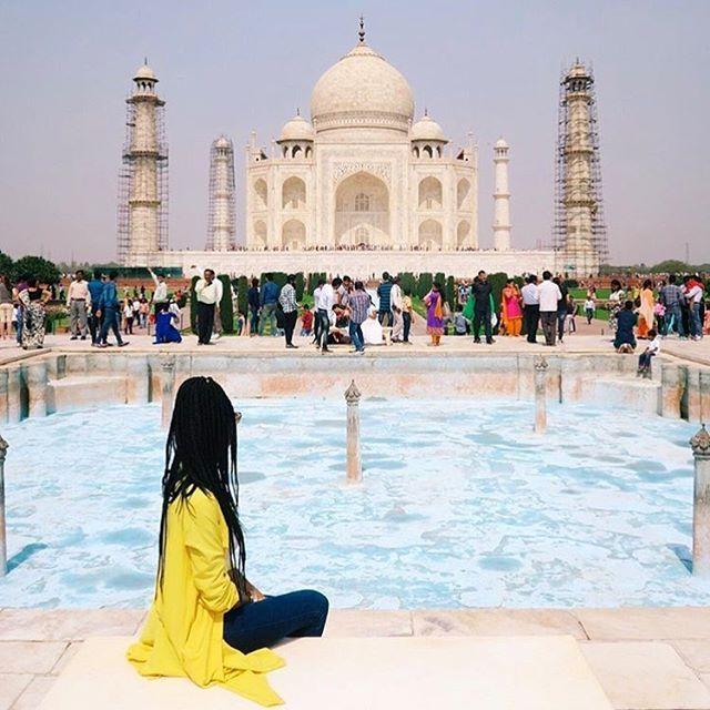 Enamored. @estaregrams // Agra, India.