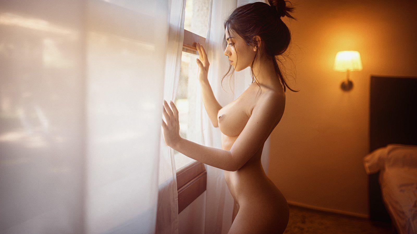 photographers explict nude portrait