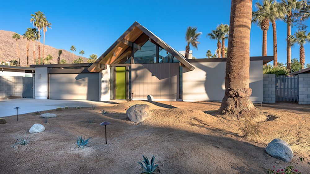 'New' Eichler in Palm Springs Asking $1.29M, Boasts Spa & Pool