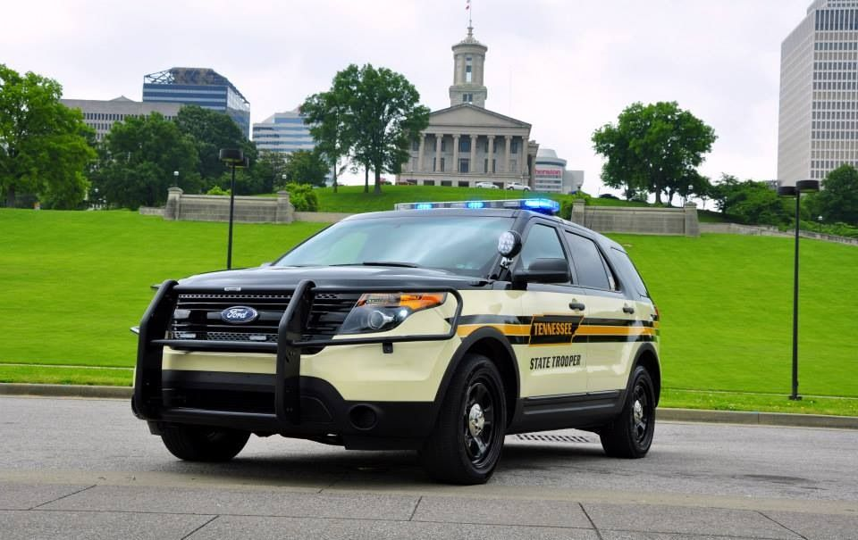 2012 Ford Police Interceptor Utility Tennessee Highway Patrol Love This Unit The Paint Scheme Is Rugged And The Police Cars Ford Police Emergency Vehicles