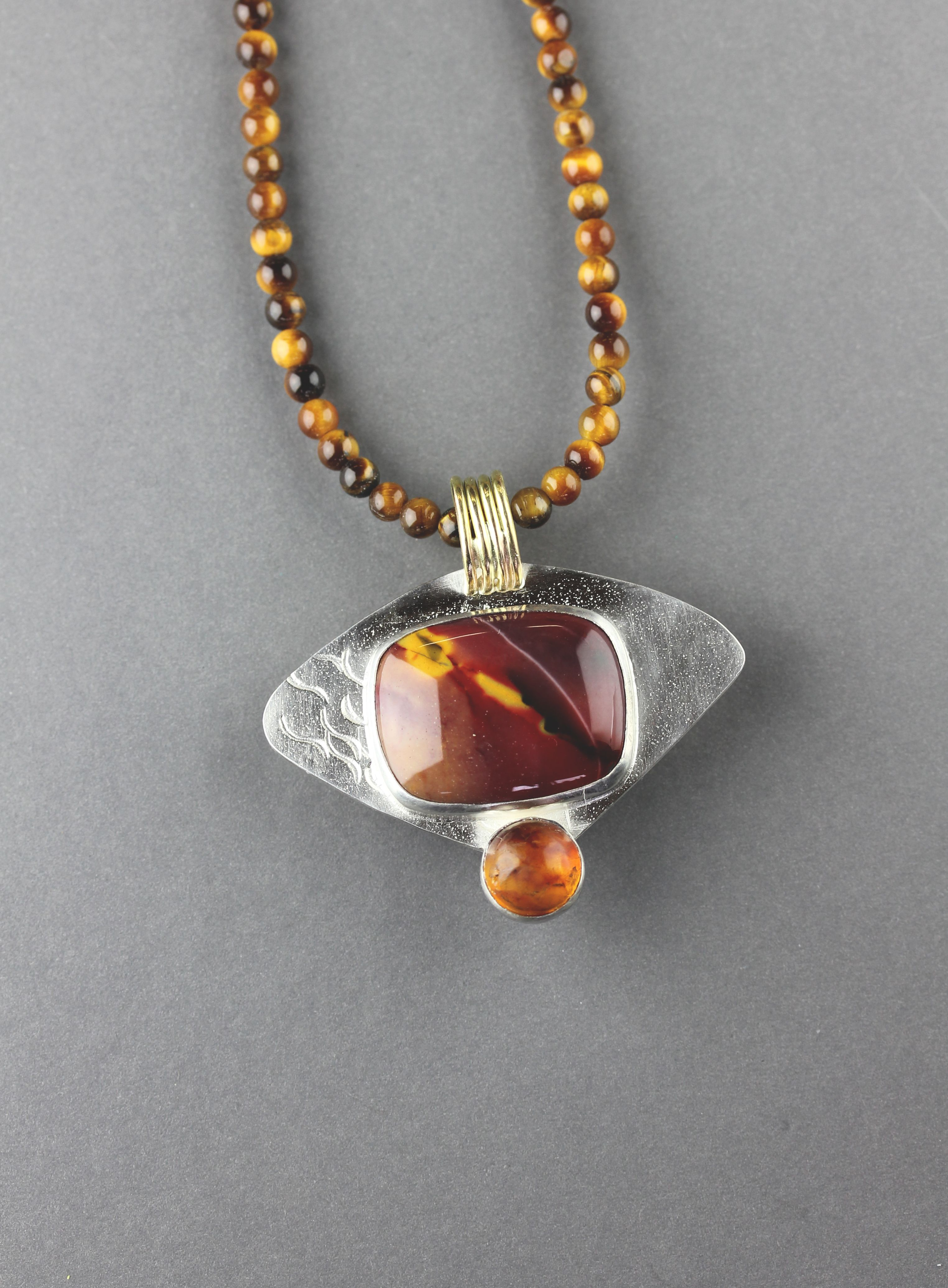Three way pendant with only the top attached.