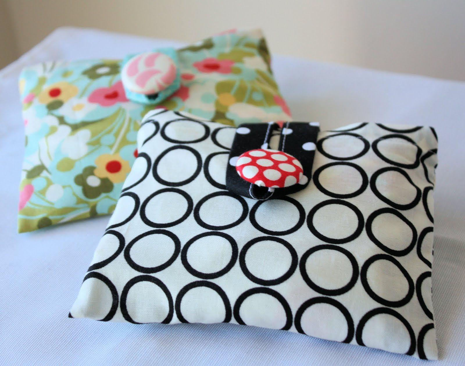Holiday Sewing A Spoonful of Sugar fold up shopping bag