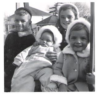 My siblings in 1953 | My world of books | College admission essay