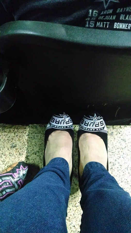 @Isabel Prado--Love the shoes!