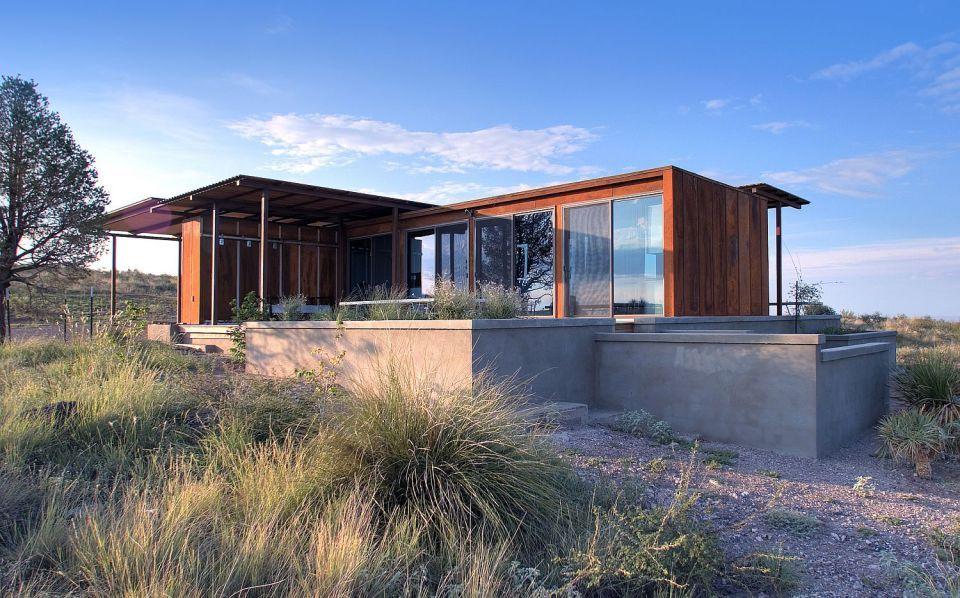 The Marfa WeeHouse, A Compact But Luxurious Desert Retreat. The Modern  Prefab Has A