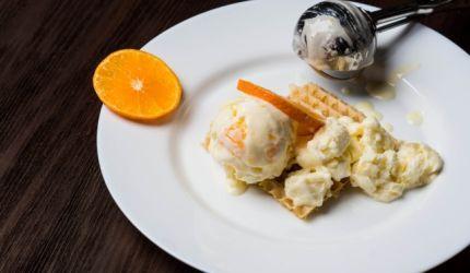 Pomarančová zmrzlina z kyslej smotany