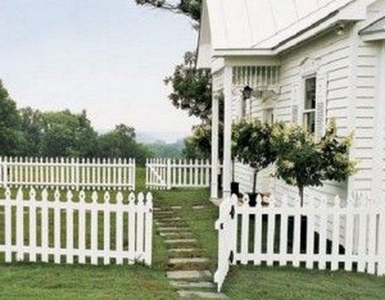 21 Inspiring Simple And Elegant White Picket Fence In Country