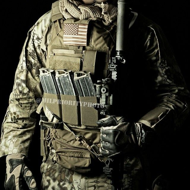 The T3Gear Geronimo 2 quad release plate carrier. Hands down, best ...