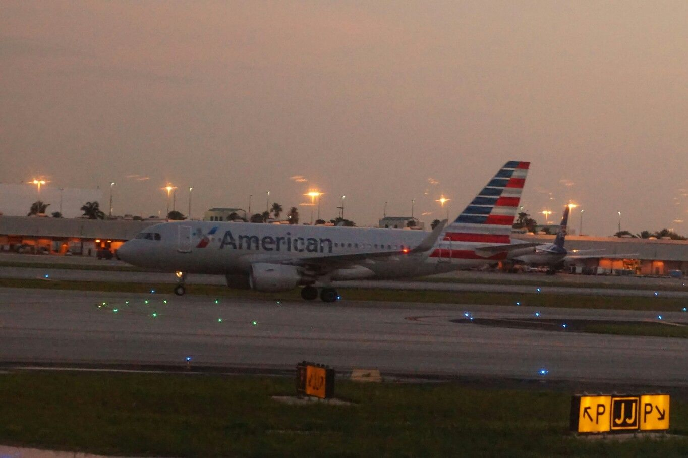 American Airlines A319 at Miami International Airport