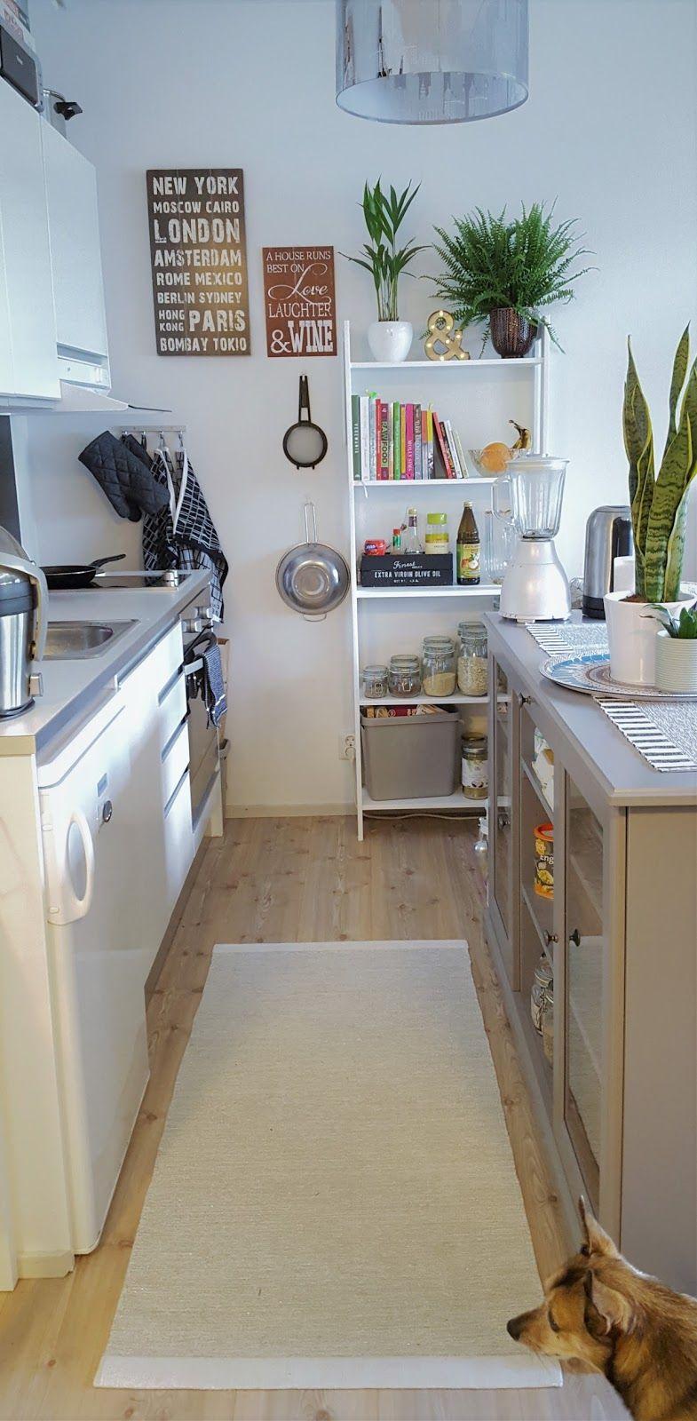 Koko asunnon haasteellisin osa siivota ja sisustaa on ollut keittiö. Rakennus missä asumme on vain muutaman vuoden vanha. Asunto on tode...