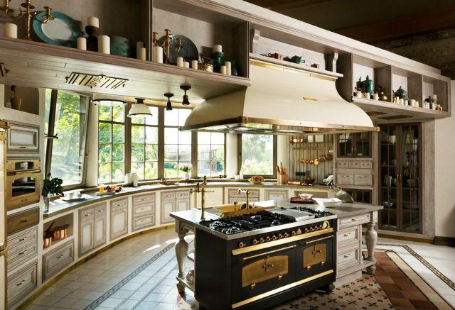 Cuisine moderne l ameublement baroque remis au go t du for Deco cuisine 1950
