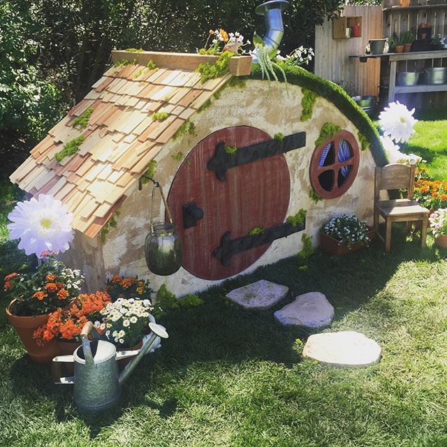 Hobbit House Shed: Last Week's Project: Hobbit Hole Playhouse
