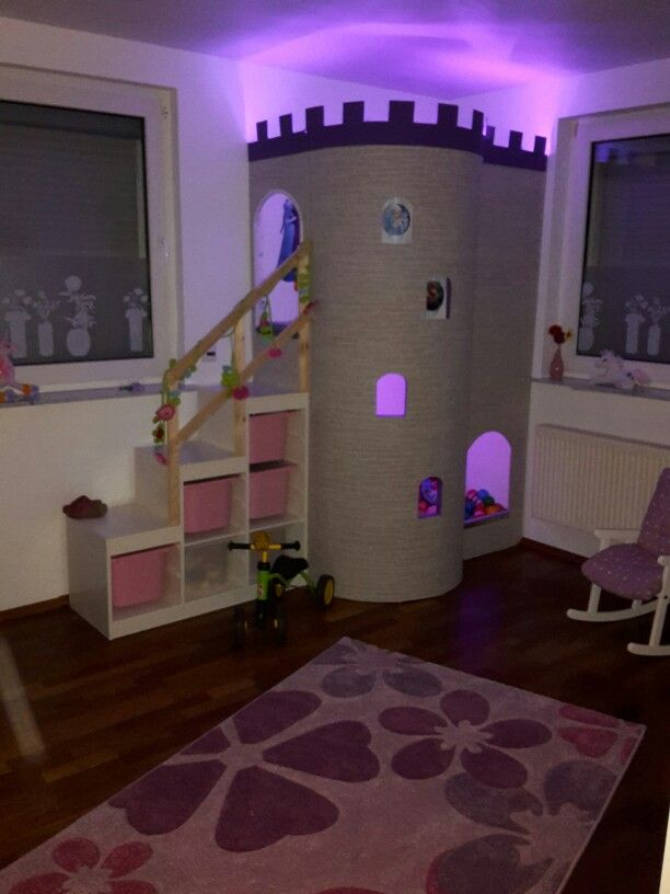 burg f r m dchen im kinderzimmer kinderzimmer in 2019. Black Bedroom Furniture Sets. Home Design Ideas