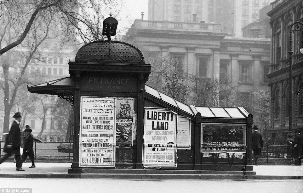 Subway Entrance City Hall 1917 New York City Hall Vintage New York Nyc Subway