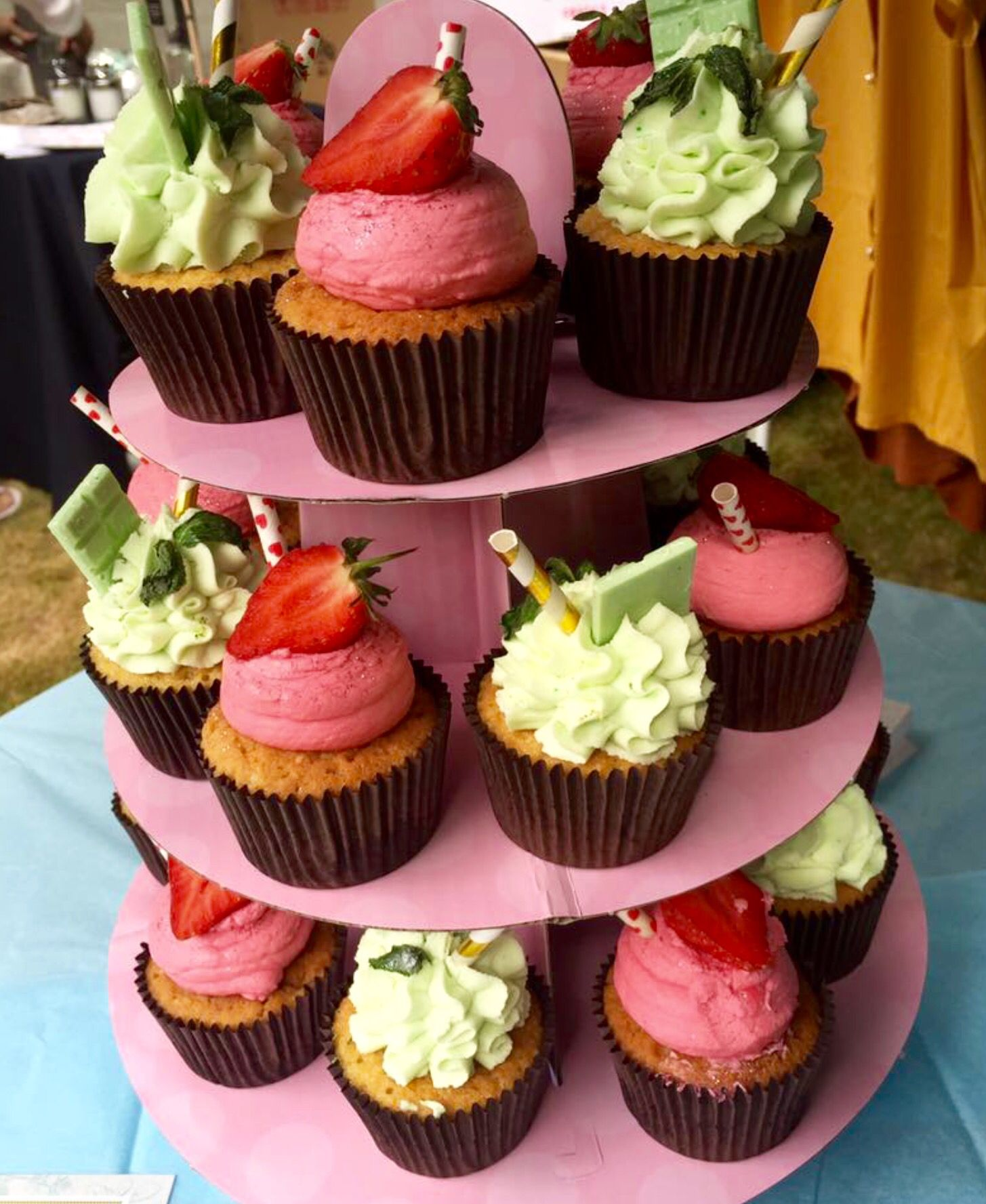 Mojito & Strawberry Daiquiri Cup Cakes With Barcardi Lime Curd & Rum Strawberry Purée  Created by Fay's Cakery Brentwood Essex UK @fayscakery