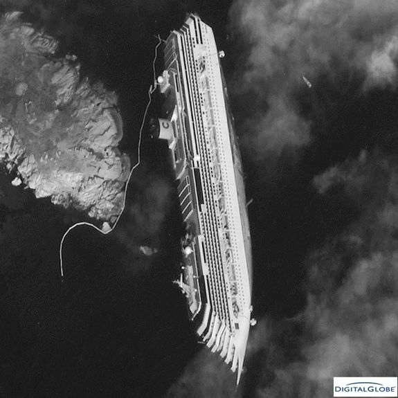 Satellite Spots Costa Concordia Shipwreck From Space Cruise Ship Pictures Concordia Royal Cruise