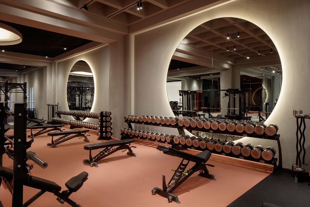 Whg Springs Vshd Design Dubai Modernbasementgym Home Gym Decor Gym Room At Home Gym Design Interior