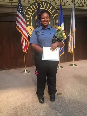 Breonna Taylor Shooting Fact Check 7 Rumors That Are Wrong In 2020 Breonna Taylor Metro Police Killed By Police