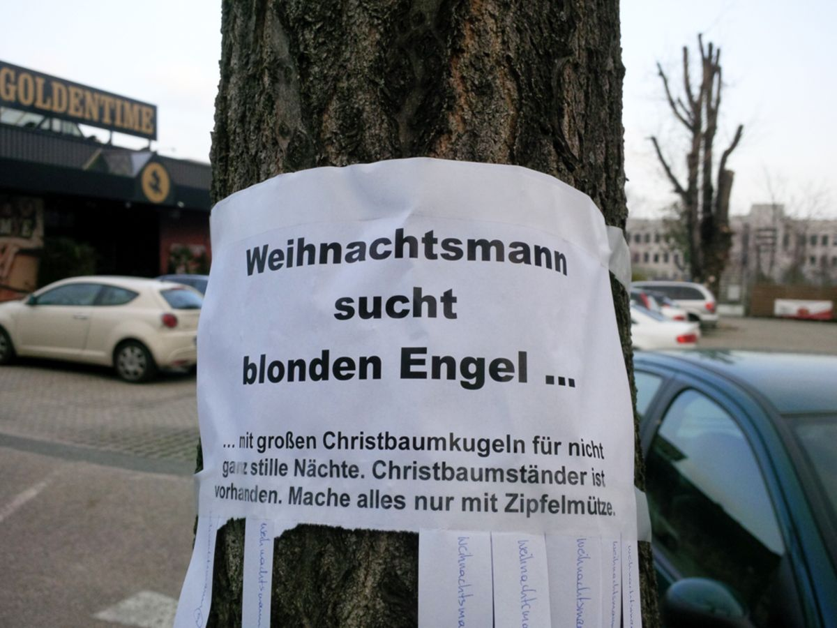 Weihnachtsmann sucht blonden Engel, für nicht ganz stille Nächte!