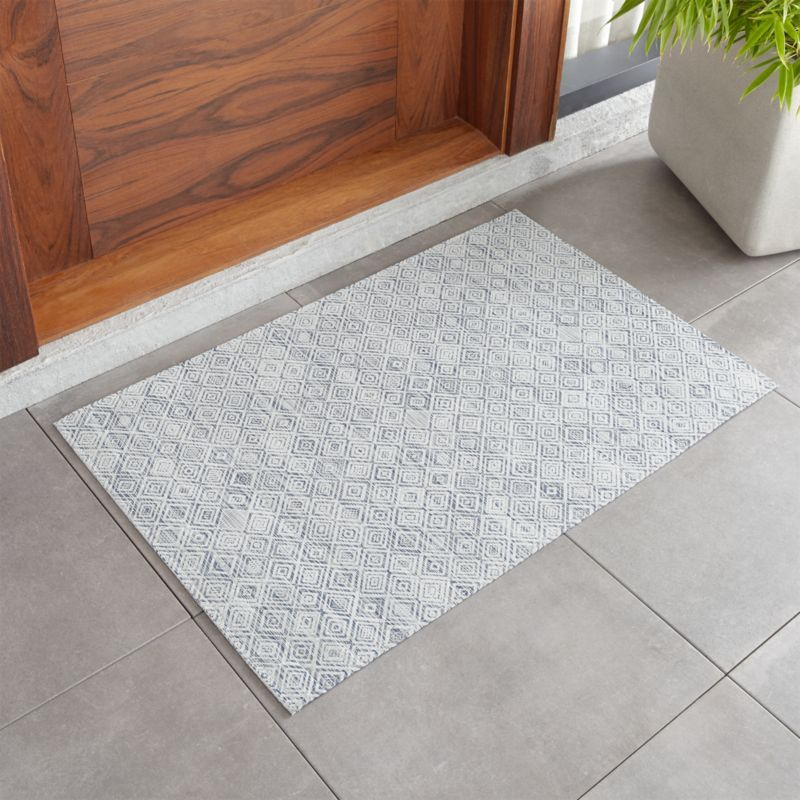 """Chilewich Mosaic Blue Woven Floormat 23""""x36"""" + Reviews"""