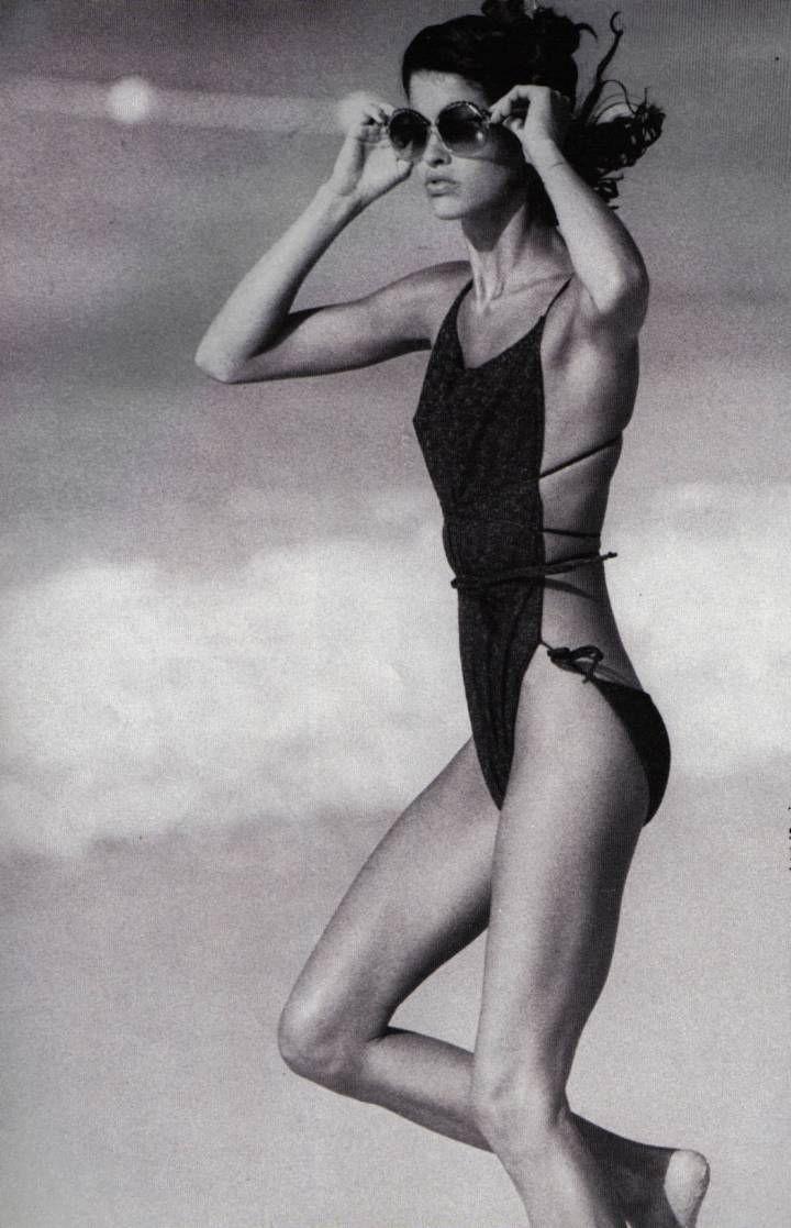 46deae9027940 SWIMWEAR // ONE PIECE | SWIMWEAR | Fashion, Janice dickinson, 70s ...