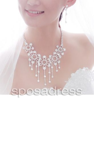 Shining Alloy With Diamond Wedding Bridal Necklace