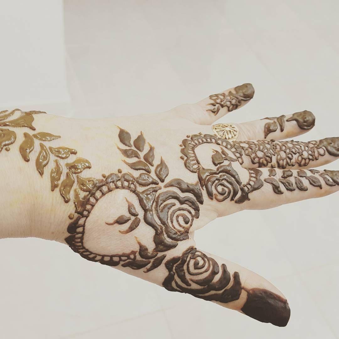 Henna Hennadesign Hennatattoo Mehndi Mehindiart Mehndidesign حنه حنايات نقشي نقشات حناء نقشات الباحة م Henna Designs Hand Henna Henna Hand Tattoo