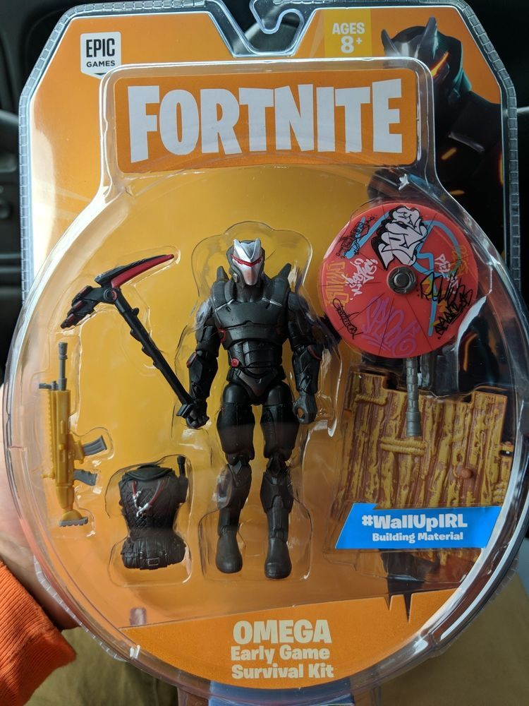 Fortnite Omega 4 Action Figure Survival Kit New In Hand Free