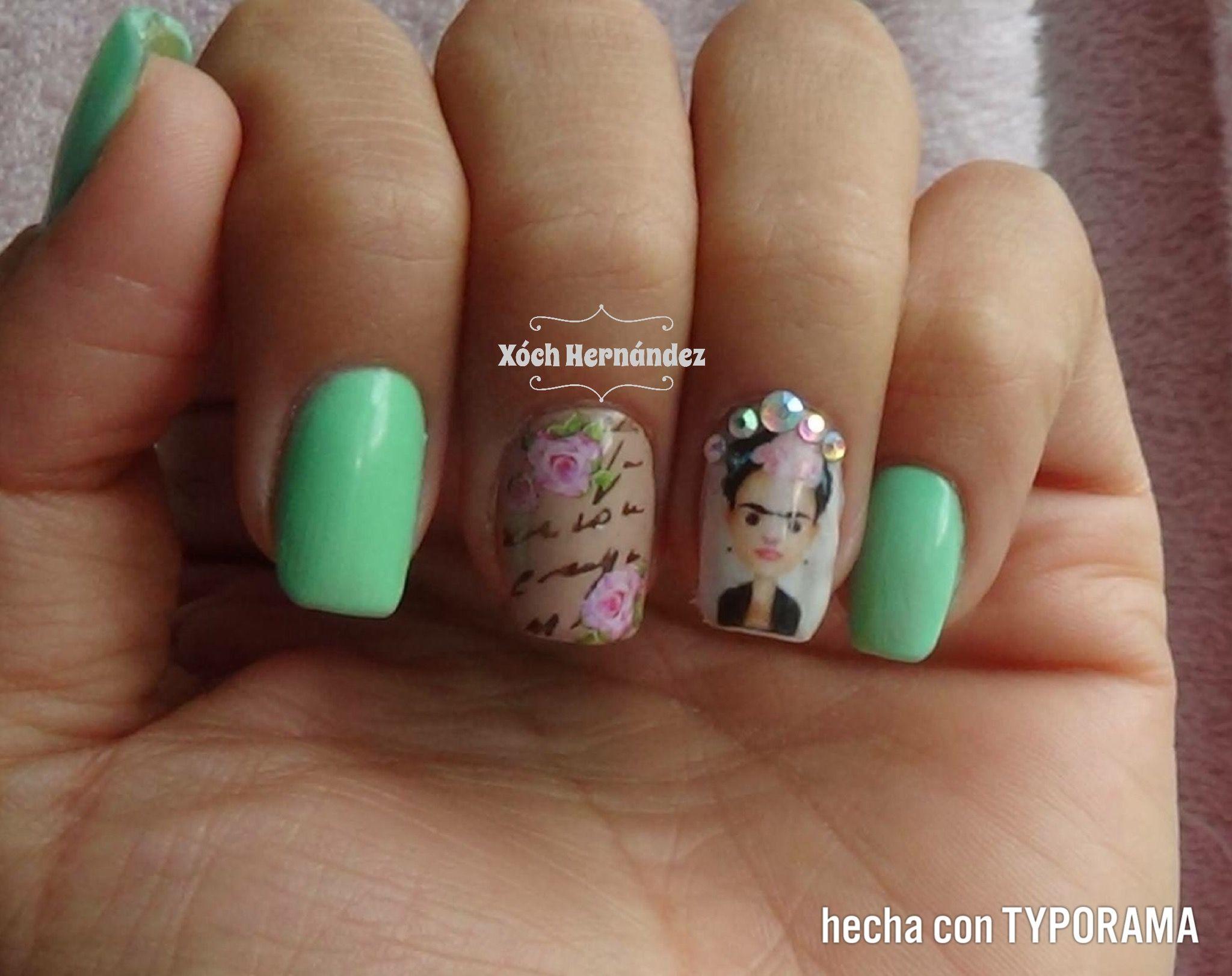 Uñas de Frida Kahlo con placa y swaroski verde menta | Uñas ...