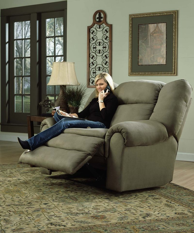 Large Recliner Chair In Living Room