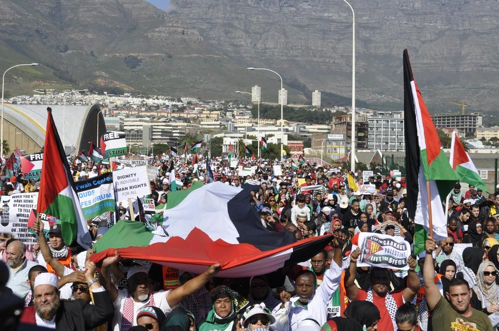 Thousands March For Gaza In Cape Town Cape Town Towns Gaza