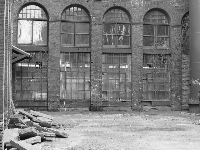Factory Arched Windows Or What S Left Of Them Arched Windows Old Factory Arch