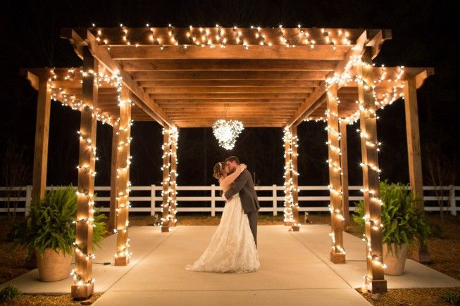 The Venue Report Image By Erin Lindsey Images Wedding Venues Outdoor Wedding Venues Best Wedding Venues