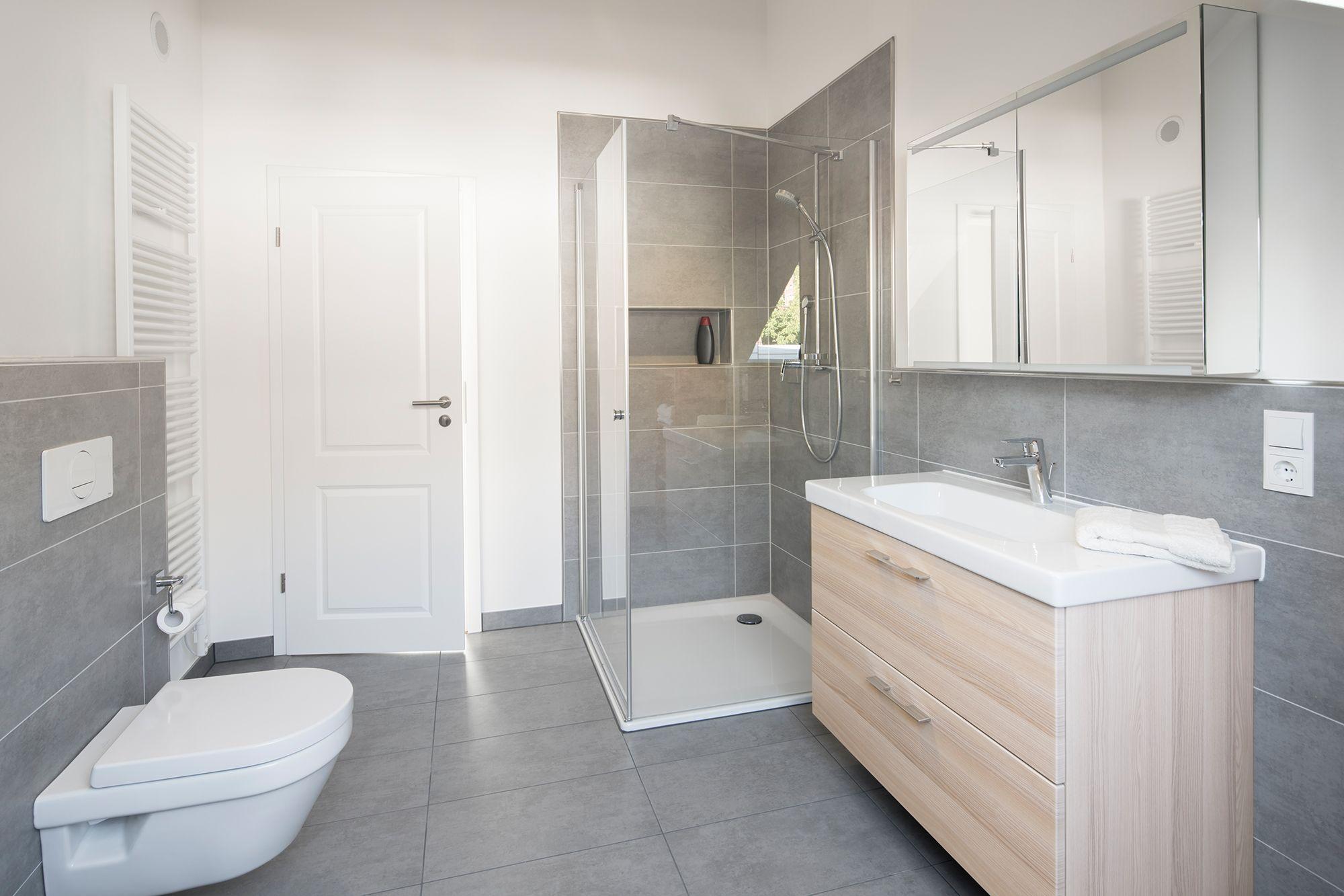Fertighaus Wohnidee Badezimmer In 2020 Fertighaus Kaufen Fertighauser Haus Bauen Lassen