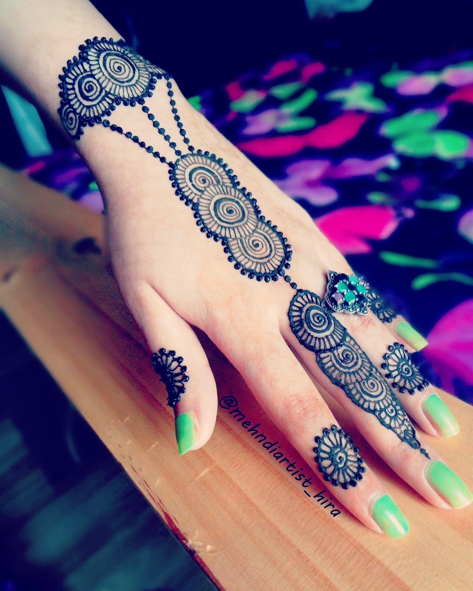 20 Beautful Henna Designs For Nikah: Mehndi Design Images, Henna Designs, Mehndi