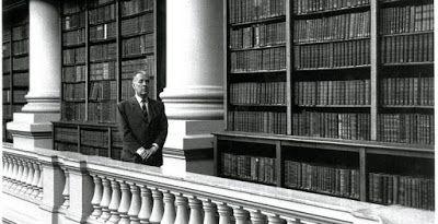 Contracorrientes: Borges: El diálogo es un género literario / Carta de Susan Sontag a Borges