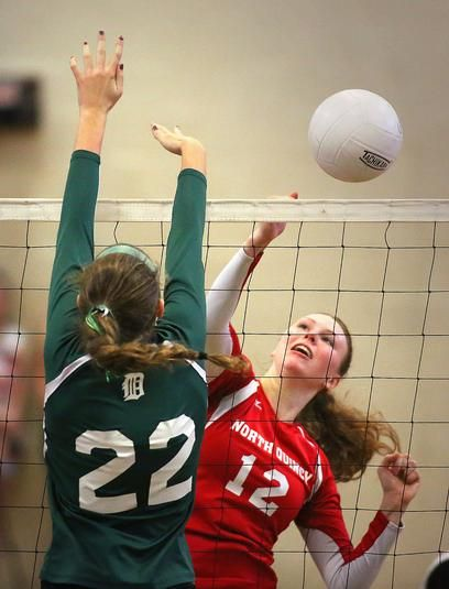 Girls Volleyball Duxbury Defeats North Quincy In Showdown Of Volleyball Giants Quincy Ma The Patriot Ledger Deportes