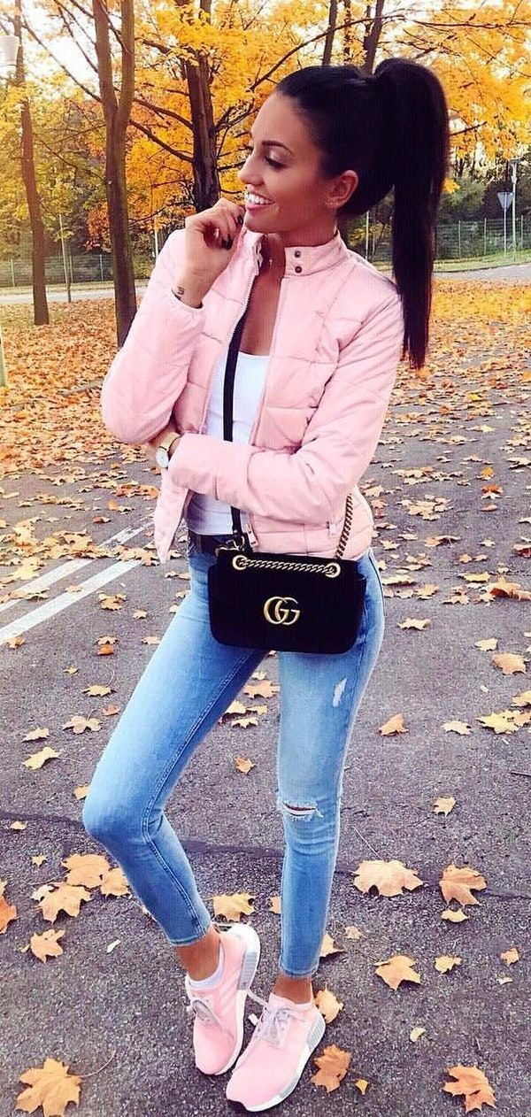 a19bf9a49 ... 100+ ultimate winter outfits to inspire yourself nmd sneakers pink  adidas and blue skinny jeans