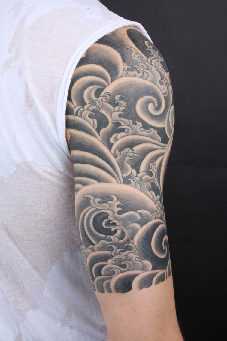 Japanese Style Waves Black And White Tattoo Half Sleeve Tattoos For Guys Wave Tattoo Sleeve Cloud Tattoo