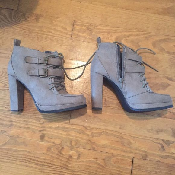 Lydia Martin Mossimo Kaylor booties ASO Teen Wolf Size 8 perfect