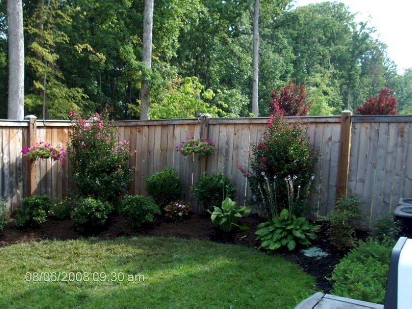 Simple And Easy Backyard Landscaping Ideas 17 Easy Backyard Landscaping Backyard Fences Landscaping Along Fence